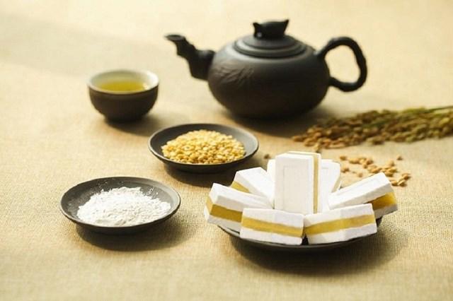 Khám phá sản vật miền Bắc Việt Nam (Kỳ 5): bánh khảo, bánh cuốn canh, xôi trám đen Cao Bằng - Ảnh 1