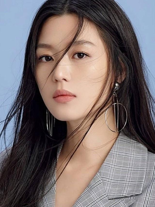 Jun Ji Hyun là nữ diễn viên có thu nhập cao nhất Hàn Quốc.