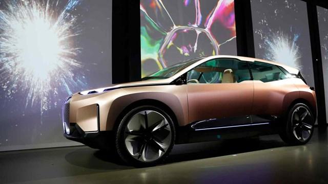 BMW đặt mục tiêu đưa dòng xe chạy bằng pin thể rắn hoàn toàn ra thị trường vào năm 2030. Ảnh: Reuters