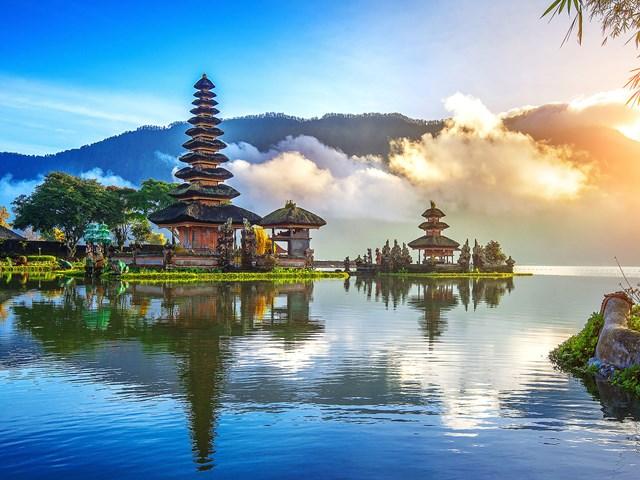 Bali sẽ mở cửa đón du khách nước ngoài vào tháng 10/2021.