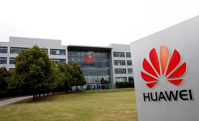 """Anh """"đóng sập cánh cửa 5G"""" trước Huawei - Ảnh 1"""