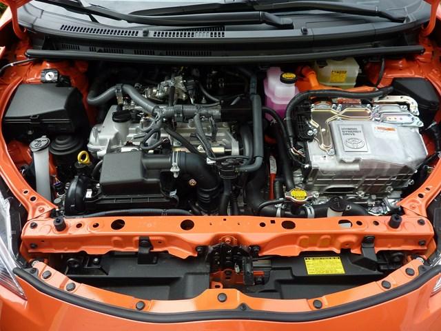 Bảo dưỡng và sửa chữa xe điện hóa dần trở nên quen thuộc với giới kỹ thuật viên trong nước.