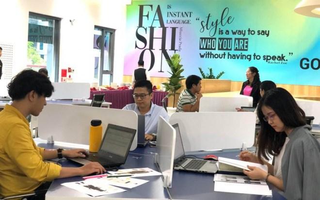 Việt Nam 'chạy đà' vào nhóm nước thu nhập trung bình cao - Ảnh 1