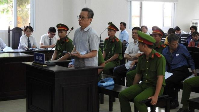 Ủy ban Kiểm tra Trung ương 'vào cuộc' vụ cựu Bí thư Bến Cát - Ảnh 1