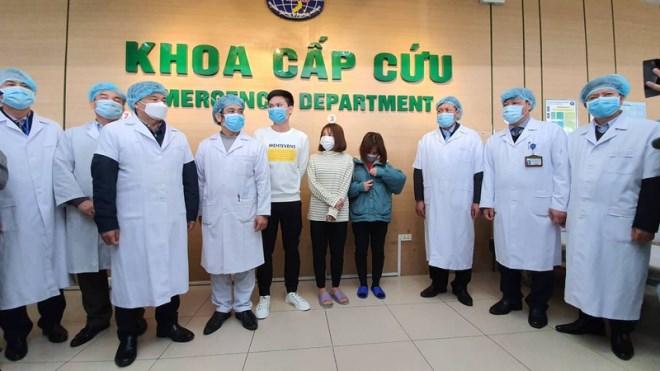 Thêm 3 bệnh nhân nhiễm virus corona đã được xuất viện - Ảnh 2