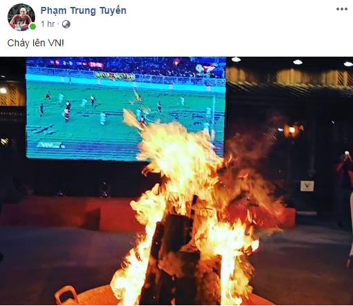 Lạc giọng vì cổ vũ bóng đá ở nơi đặc biệt nhất Việt Nam - Ảnh 3