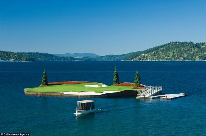 Trải nghiệm chơi golf trên sân trôi vô định giữa hồ độc nhất nước Mỹ - Ảnh 3