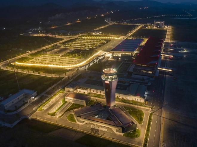 """Khám phá từng ngóc ngách """"Sân bay mới hàng đầu châu Á"""" - Ảnh 13"""