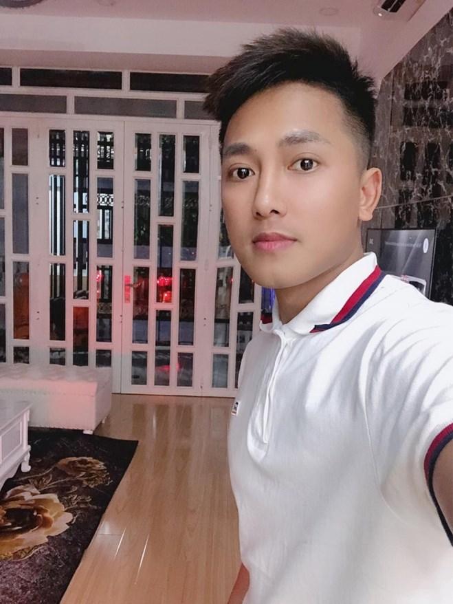 Sự nghiệp thăng tiến, Châu Khải Phong