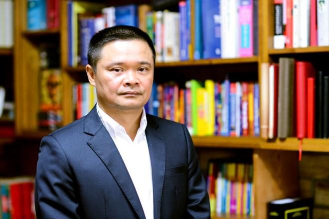 Ông Bạch Ngọc Chiến thôi việc nhà nước, về làm phó chủ tịch tập đoàn giáo dục - Ảnh 1